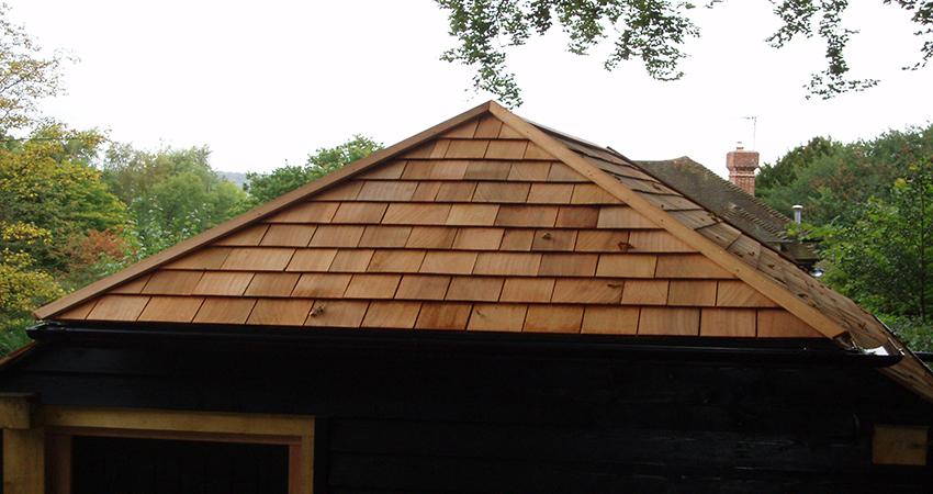 Cedar shingle roofing. Seal Chart, Sevenoaks, Kent