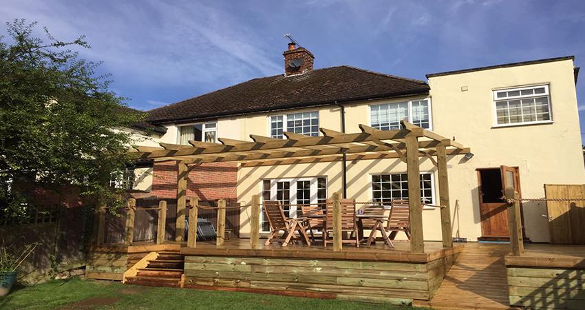 Extending you entertaining and dining area into the garden. Tonbridge, Kent