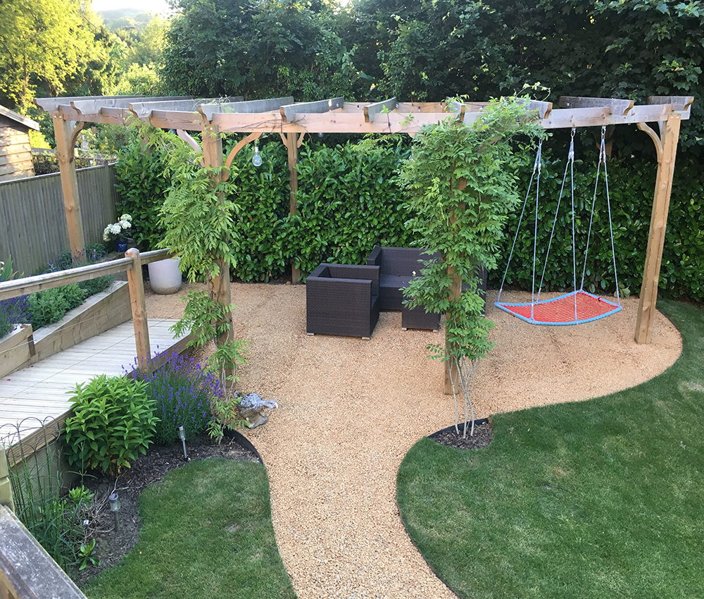 Great family entertaining area with relaxing hammock Ightham Kent