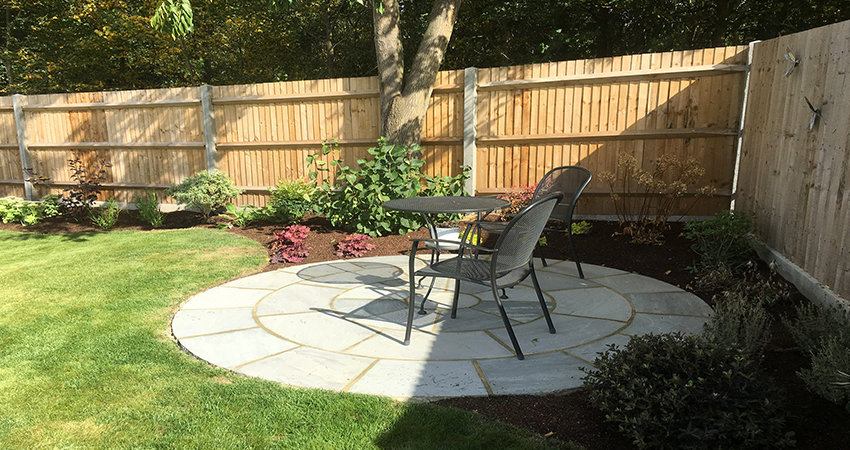 Grey Indian Sand Stone Circular Patio