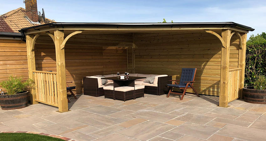 Outdoor living pergola, Matfield, Kent